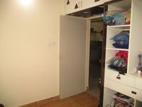 11S9U00381: Bedroom 1
