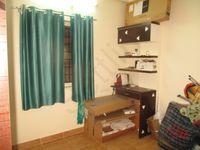 11S9U00381: Bedroom 2