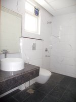 14A4U00898: Bathroom 2