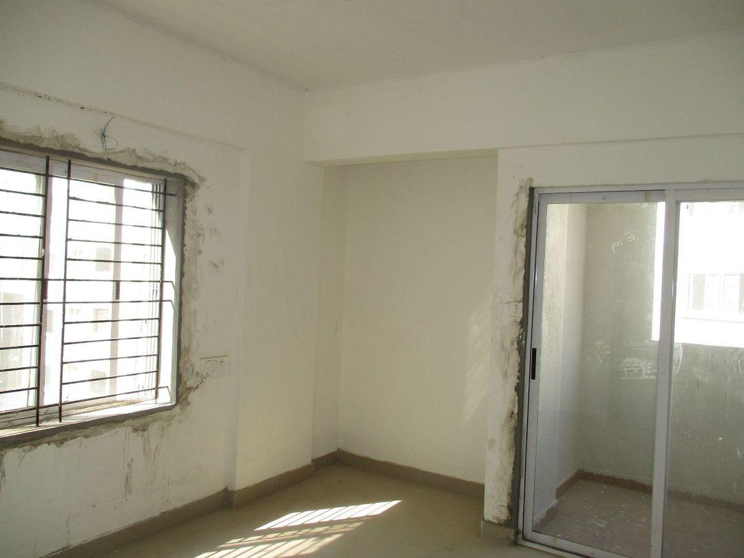 10F2U00019: Master Bedroom