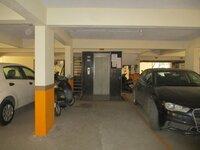 13J1U00044: parkings 1