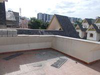 13J6U00027: Balcony 2