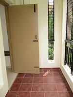 15S9U00763: Balcony 2