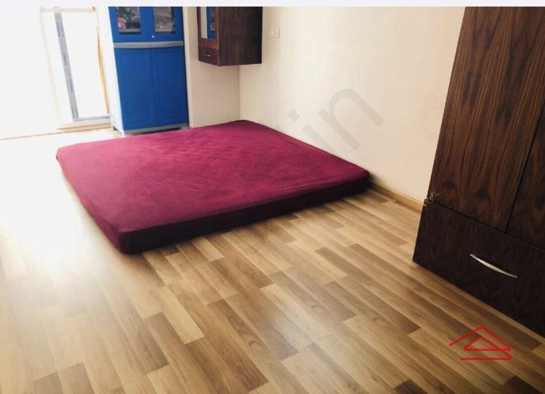 15A8U00598: Bedroom 1