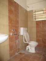 15A4U00311: Bathroom 2