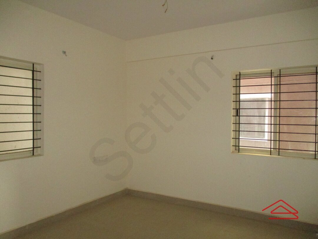 15A4U00311: Bedroom 1