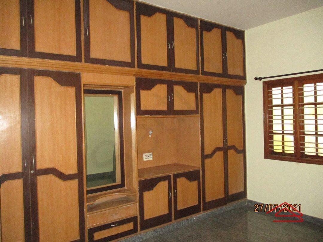 Sub Unit 15J7U00623: bedrooms 1