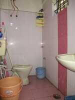 15J7U00126: Bathroom 2