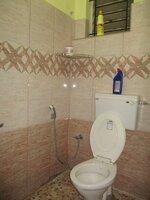 15J7U00425: Bathroom 1