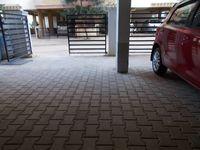 13J1U00280: parking 1