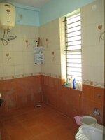 15F2U00097: Bathroom 1