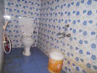 12S9U00011: Bathroom 1