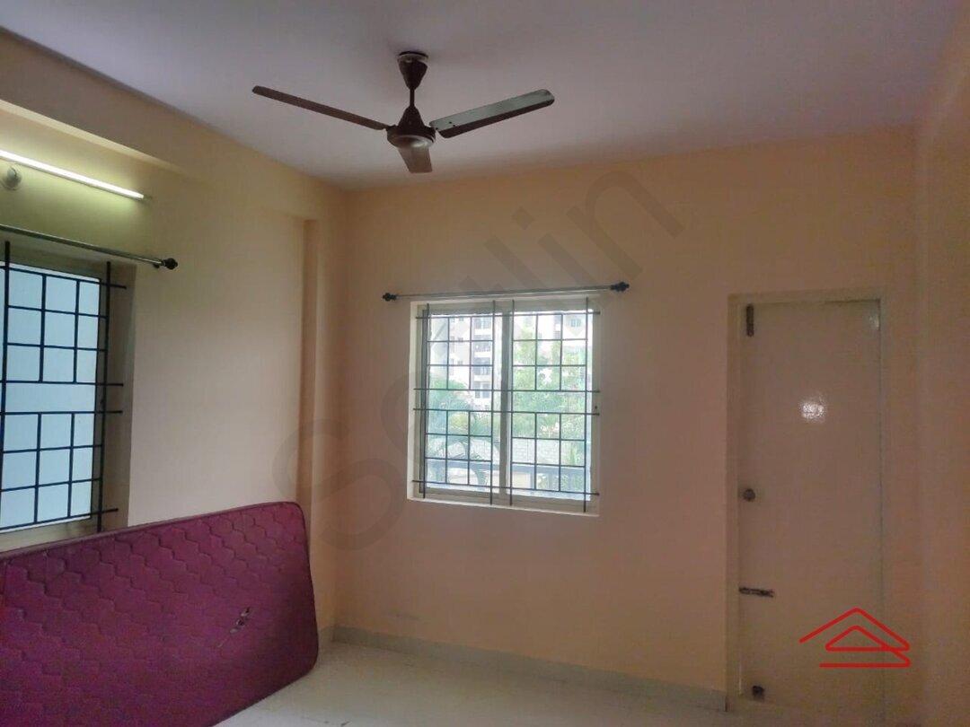 15F2U00246: Bedroom 1