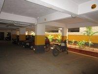 13NBU00036: Parking1