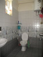 14A4U00145: Bathroom 1