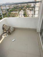 13A4U00257: Balcony 1