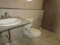 13A4U00257: Bathroom 1