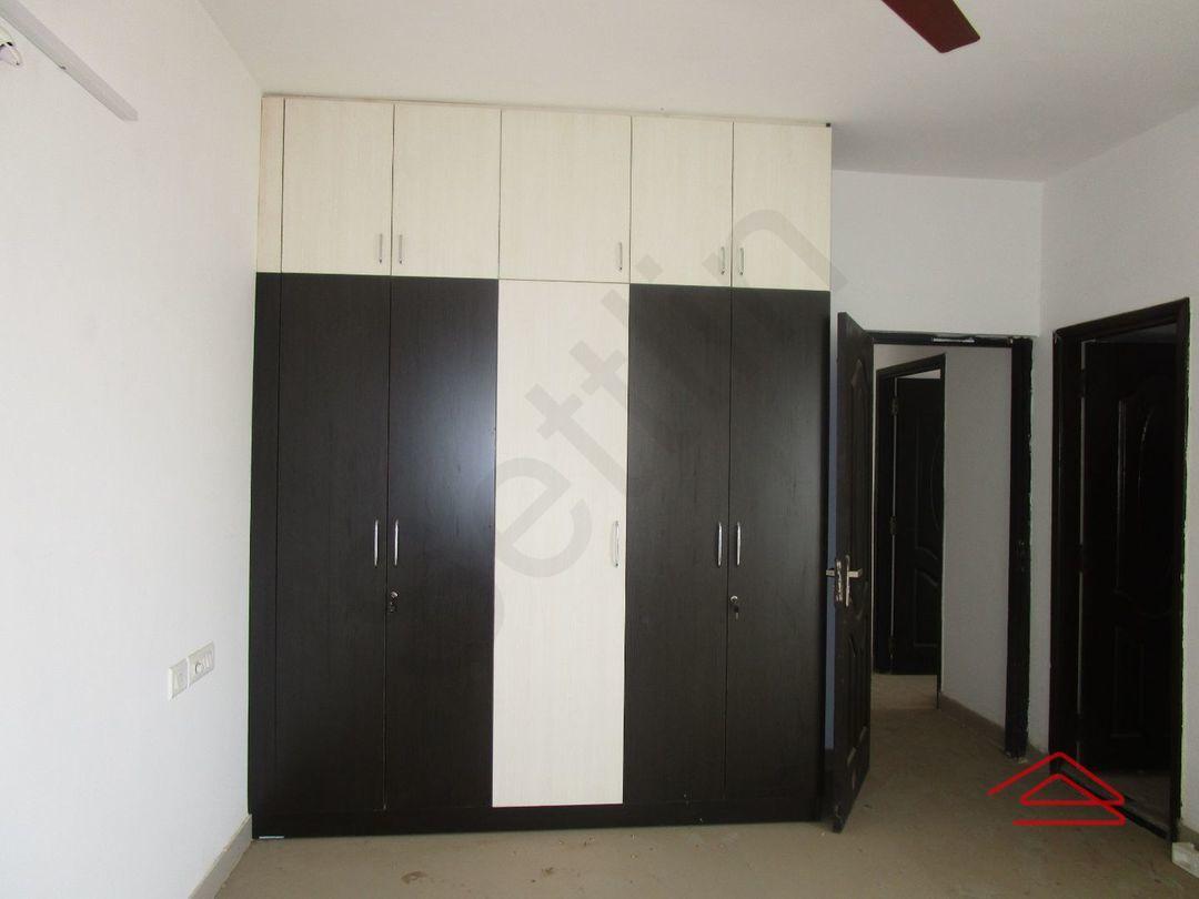 13A4U00257: Bedroom 1