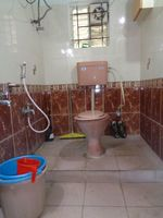 12J6U00294: Bathroom 2