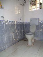 12J6U00294: Bathroom 1