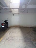 12J6U00294: parking 1