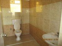 10A8U00041: Bathroom 2
