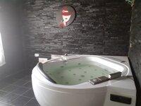14A4U00365: Bathroom 2