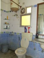 13F2U00432: Bathroom 1