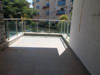 12J6U00330: Balcony 1