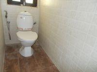 12J6U00330: Bathroom 5