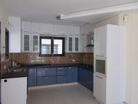 12J6U00330: Kitchen 1