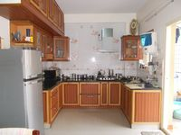 13M5U00009: Kitchen