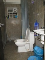 14F2U00322: Bathroom 2