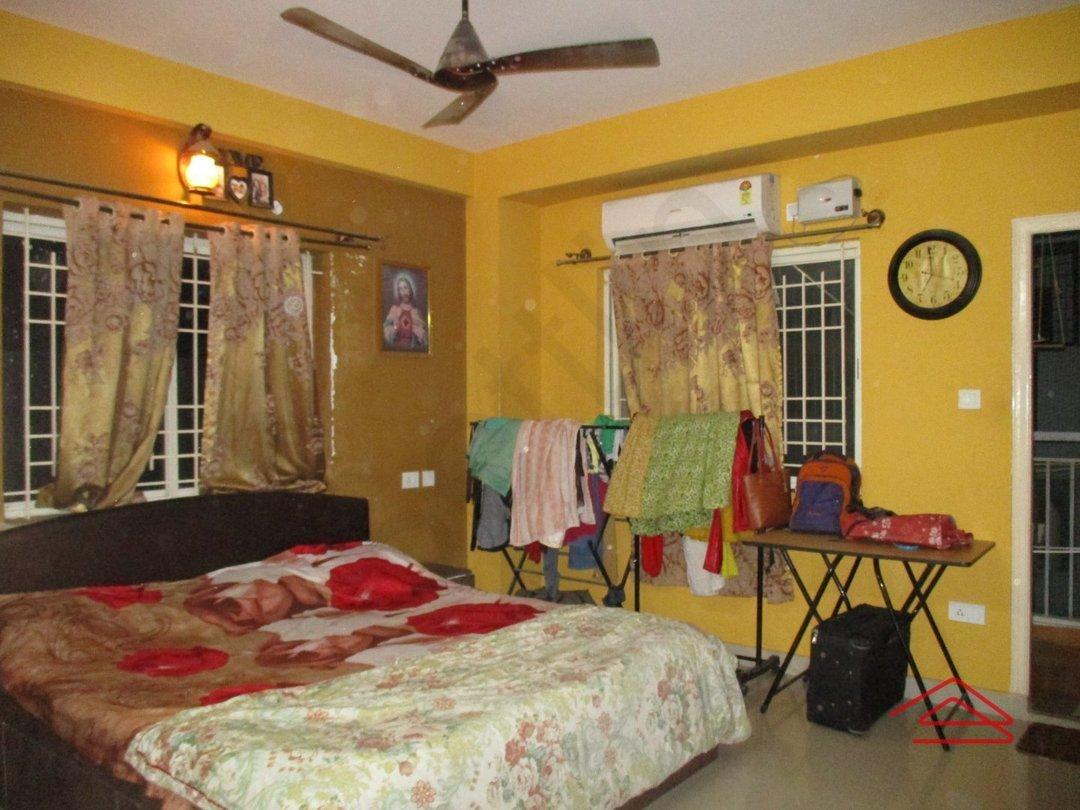 14F2U00322: Bedroom 1