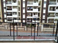 11J7U00272: Balcony 3
