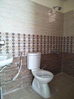 11J7U00272: Bathroom 2