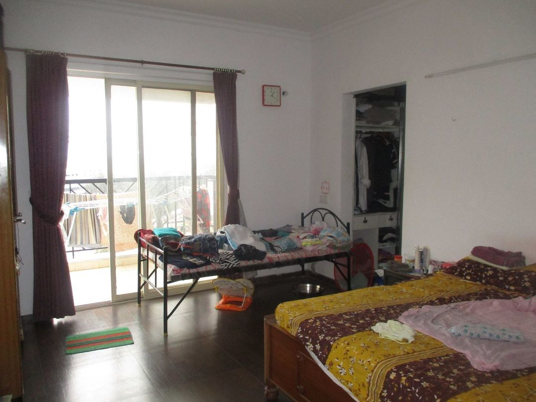 10A4U00252: Bedroom 1