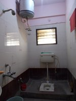 13OAU00086: Bathroom 2