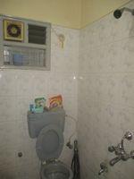 11DCU00330: Bathroom 2