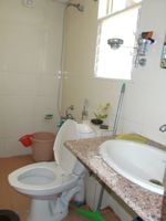 13F2U00099: Bathroom 2