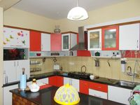 13F2U00099: Kitchen 1
