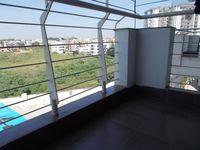 12OAU00125: Balcony 2