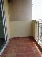 12J7U00316: Balcony 1