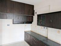 13M5U00096: Kitchen 1