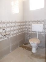13A4U00204: Bathroom 1