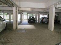 15J7U00520: parkings 1