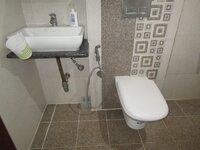 15M3U00017: Bathroom 2