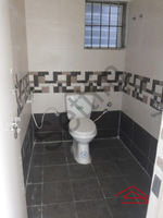 10M5U00057: Bathroom 1