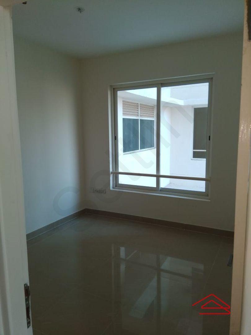 13F2U00422: Bedroom 1