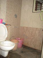 11NBU00025: Bathroom 2